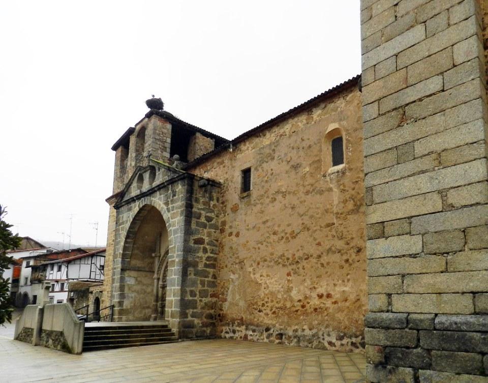 portada exterior Iglesia Parroquial de Nuestra Señora de la Asuncion Cuacos de Yuste Caceres 03