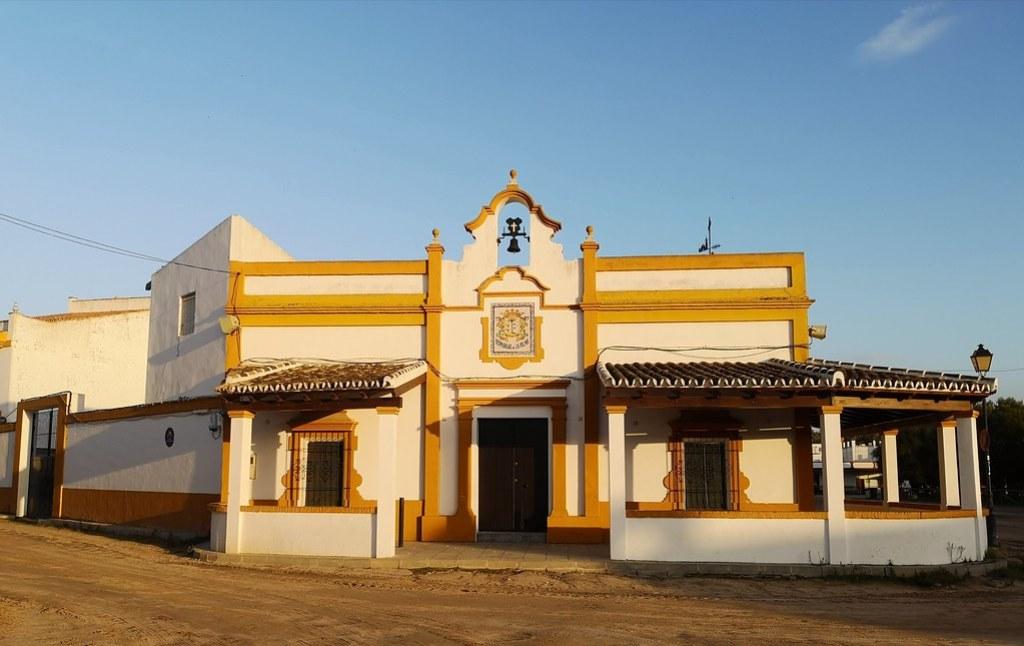 Edificio Hermandad de Nuestra Señora del Rocío de La Palma del Condado Almonte Huelva