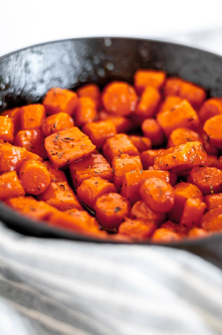Stovetop Honey Butter Carrots are the most delicious simple, humble addition to your Thanksgiving table. Made completely on the stovetop, freeing up that precious oven space. Low maintenance and only 30 minutes to make.