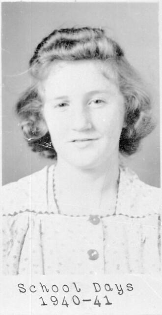 1940 Nina Ruth Tayor school picure