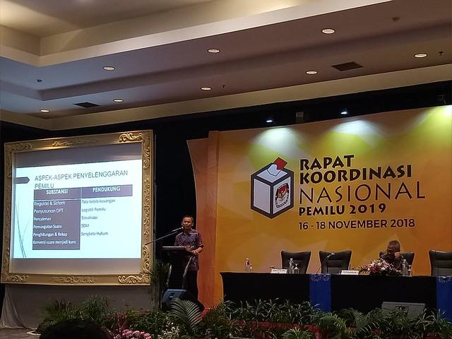 Suasana rapat konsolidasi KPU RI, KPU Provinsi dan KPU kabupaten/kota di Ecovencion Ancol Jakarta (17/11)