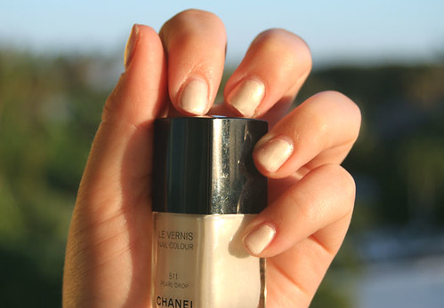 Chanel Pearl Drop Swatch