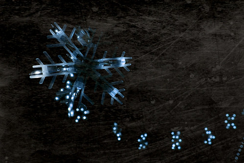 Snow flakes in the night