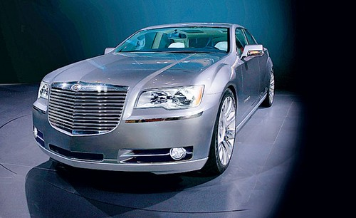 Chrysler 300: Sedan lujoso de amplias dimensiones