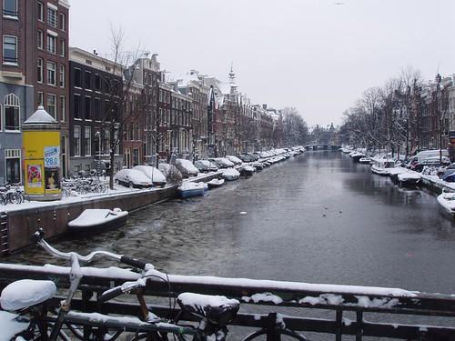 201012190082_Amsterdam