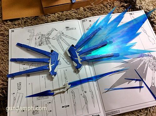 Building MC RX-93-2 Hi Nu Gundoom Gundam (26)