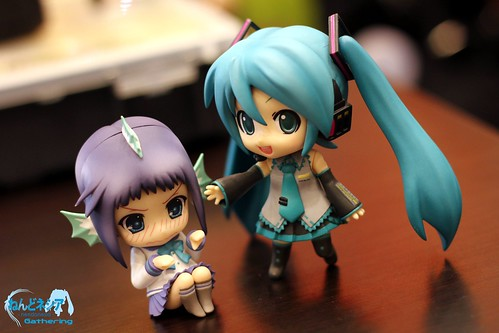 Miku is asking shy Tooko to play together