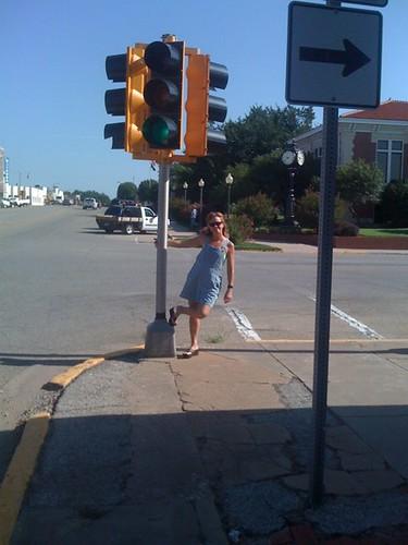 OK - Perry Traffic Light & Roberta swinging