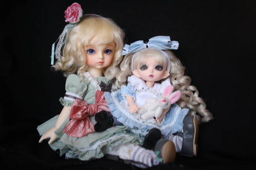 Unalice and Allie