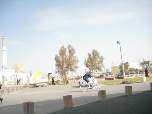 חולדאי בחנייה לא חוקית בנמל תל-אביב