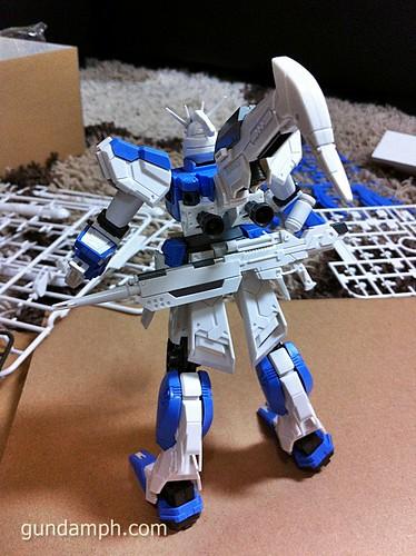 Building MC RX-93-2 Hi Nu Gundoom Gundam (18)