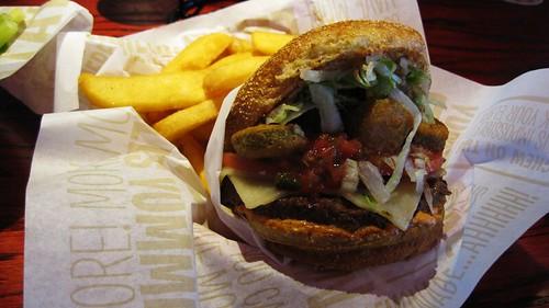 the burnin love burger