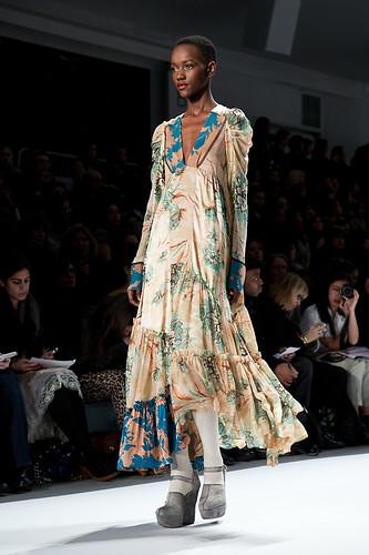New York Fashion Week Fall 2011 - Nanette Lapore 25