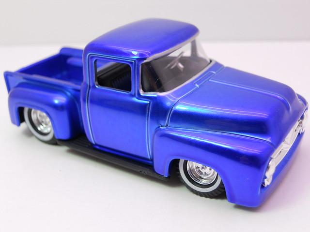 hot wheels custom classics '56 ford f100 (2)