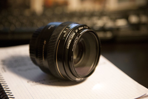 Canon 50mm EF f/1.4