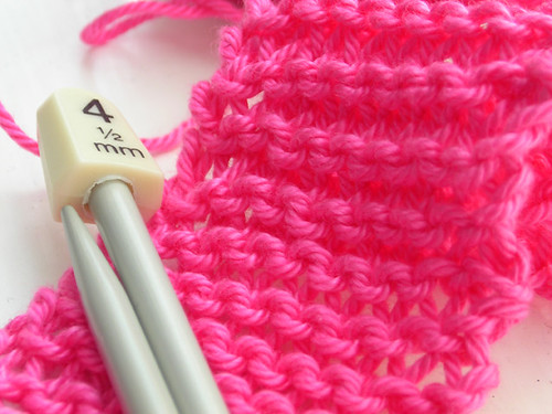 Knitting in the pink 02