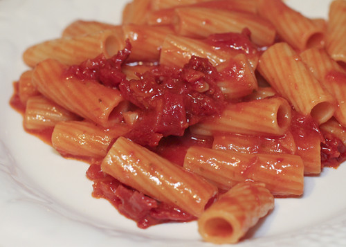 Rigatoni with Sun Dried Tomato Wine Sauce