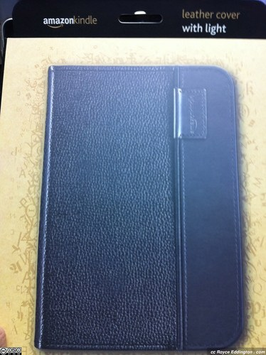 Kindle Leather Cover With Light 01