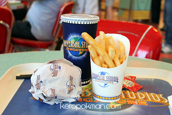 Mel's Drive In, Universal Studios Singapore