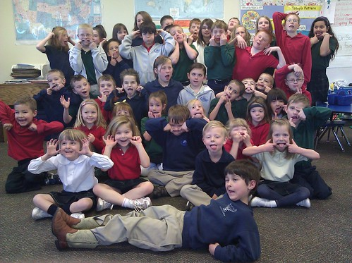 IMG Mr T's 4th graders and kindergartners (goofy), 03.02.11_20110302_092845