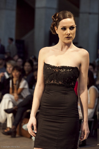 Ottawa Fashion Week 2011 - Yola Couture