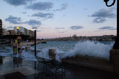 waves-over-promenade-sliema