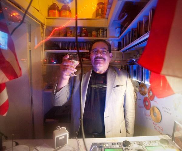 DJ, La Cueva Clasica Antillana: East Williamsburg Brooklyn