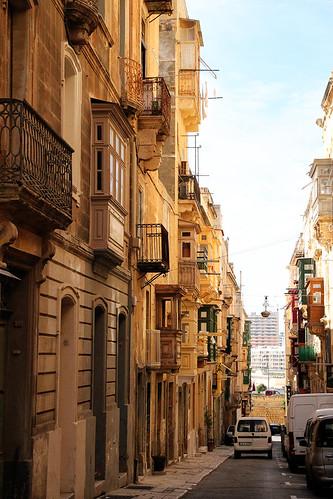 Valletta-busyish-street