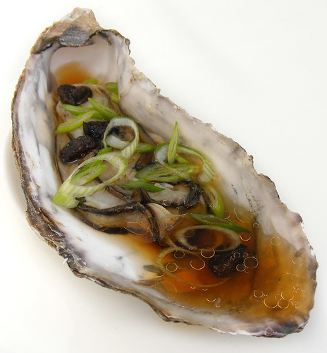 Steamed oyster with tausi