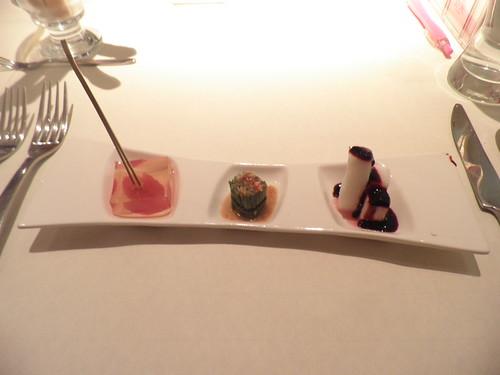 餐前菜_蒟蒻蕃茄+彩椒水蓮+藍莓山藥