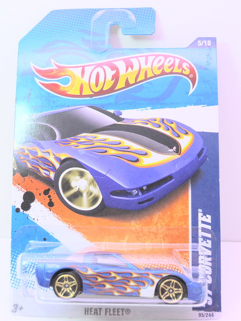 hot wheels '97 corvette blue (1)