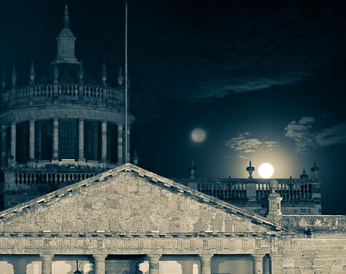 Doble Luna y Cabañas