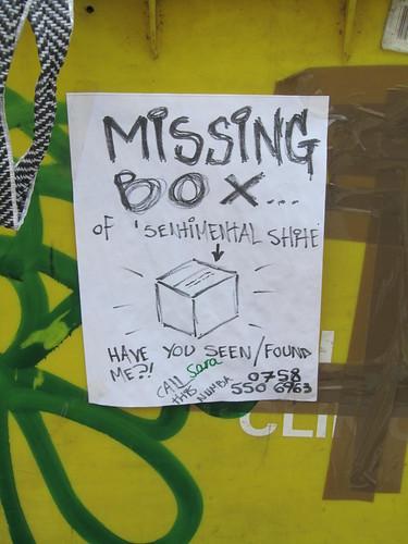 Missing box - sign on a wheelie bin