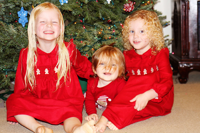 Cate, Blythe, Meg Christmas Eve 2010