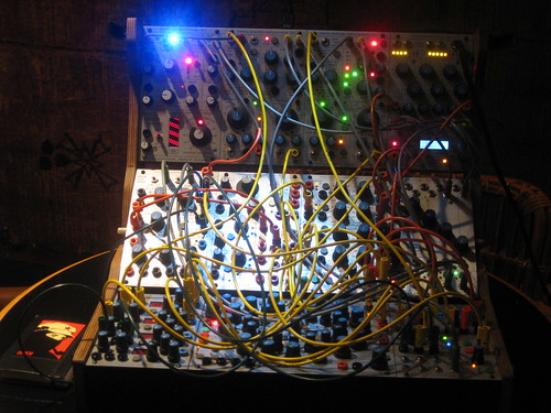 2010 Square Waves_Synthesizerbook.com