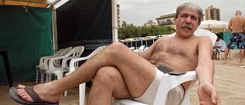 Aníbal Fernández en la playa