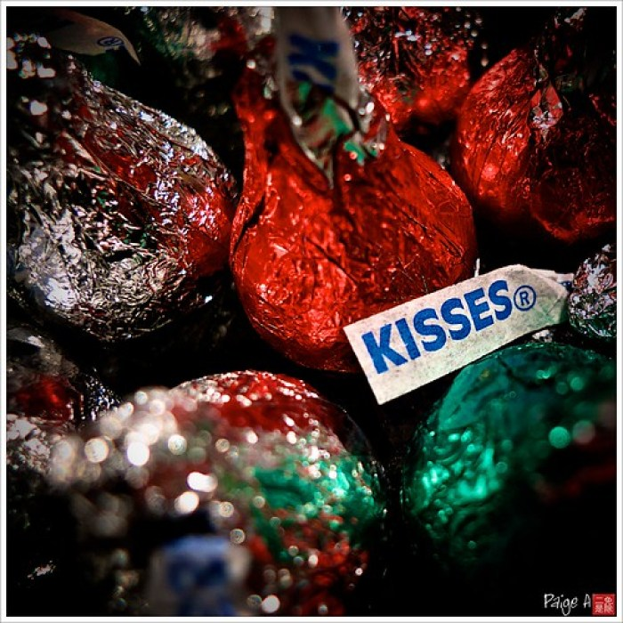 Day 358 - Christmas Kisses to all my Flickr and Facebook Friends!