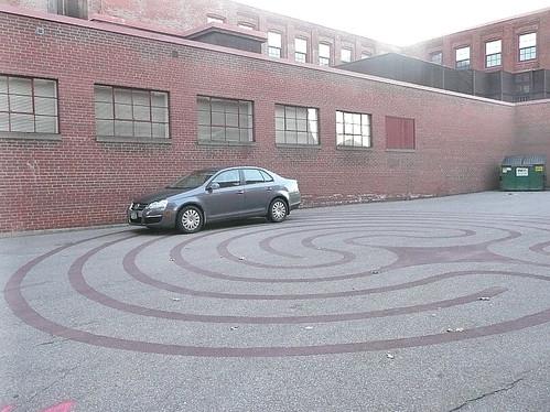 Labyrinth parking