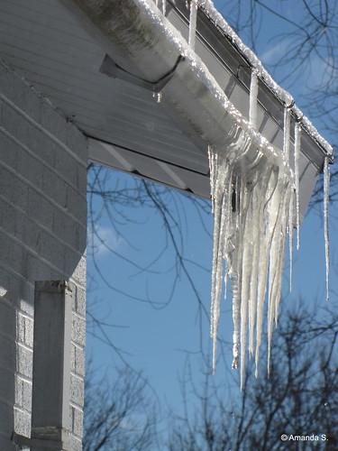 348/365 Icy Stalactites