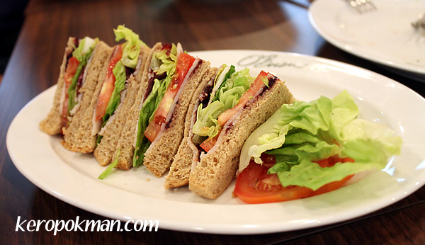 Obriens Turkey Cranberry Wholemeal Sandwich
