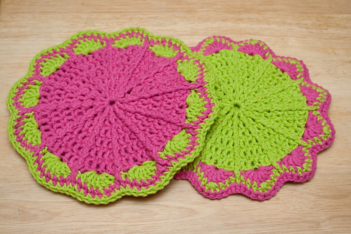 Scalloped Potholders