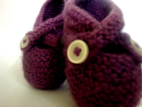 KNIT Purple Booties3-1
