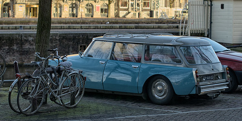 Bikes and Citroen DS