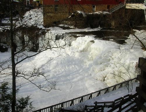 Frozen Chagrin Falls