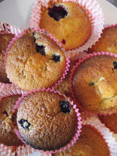 Little Berry Cakes