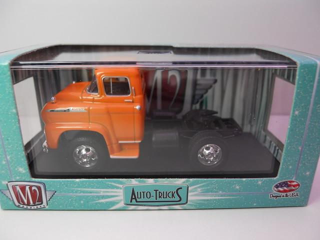 m2 auto trucks lcf
