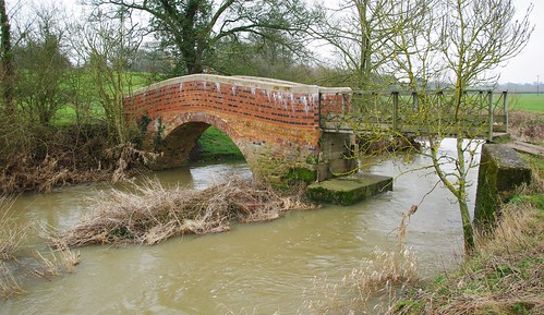 20110220-15_Footbridge - River Leam - Wappenbury by gary.hadden