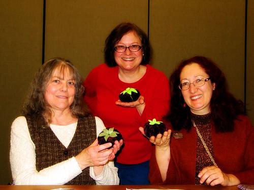 ASG Chicago's Pincushions NG make pincushions