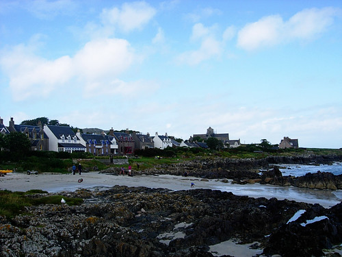 Iona-shore-houses