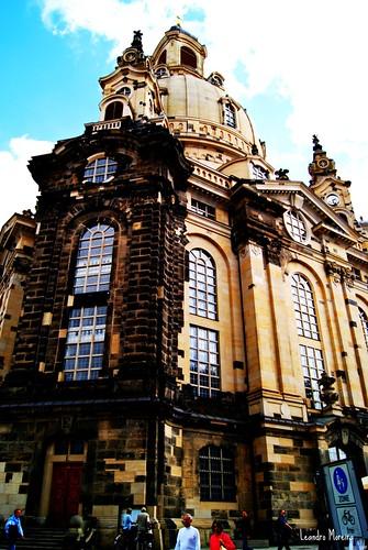 A Frauenkirche foi reconstruída recentemente